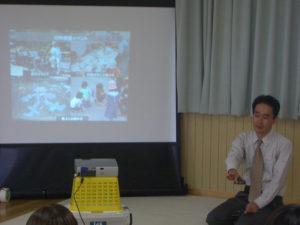 アートふる実行委員長の河野さんによる講演です。