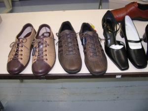 機能的な靴が勢ぞろいしています。
