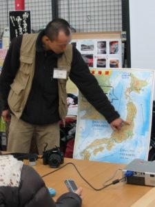 走ったコースを日本地図を使って説明しています。
