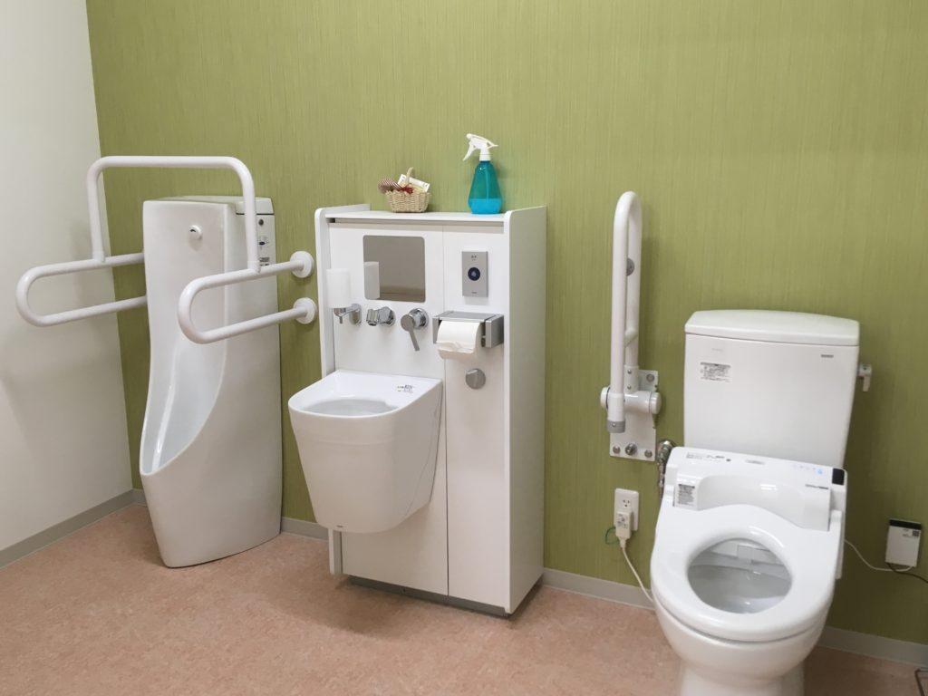多目的トイレの画像その1です